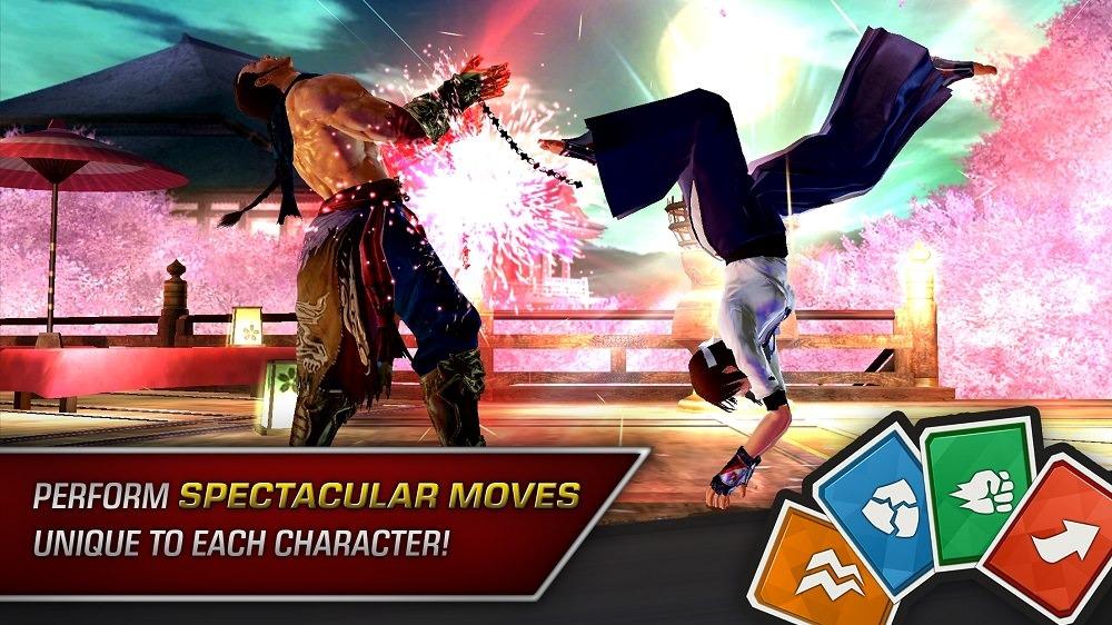 Deux combattants du jeu Tekken Mobile : celui de droite donne un coup de pied renversé à son adversaire