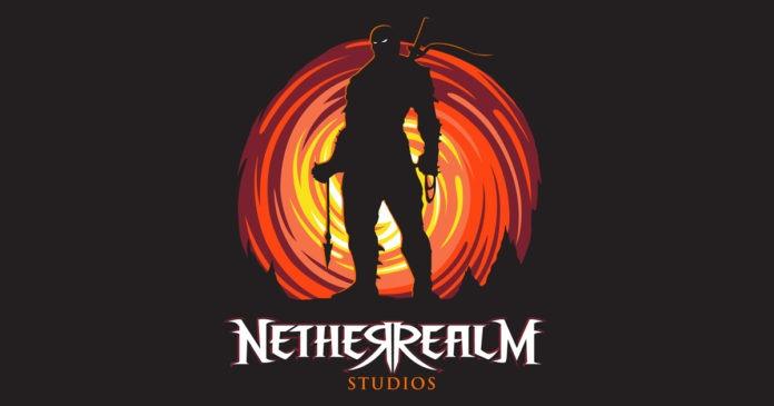 Le logo de NetherRealm Studio avec un combattant devant une spirale rouge et jaune