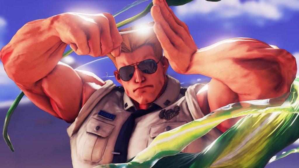 Le personnage de Guile qui se repeigne et portant ses lunettes de soleil dans Street Fighter V