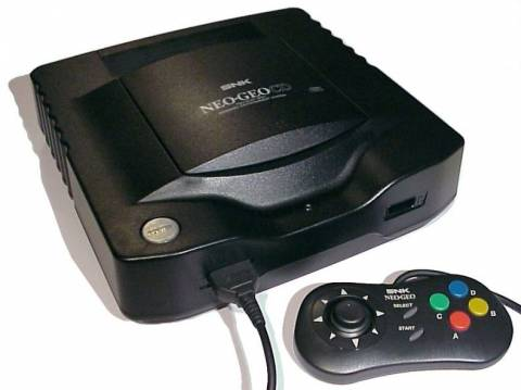 La Neo Geo CD avec une manette noire